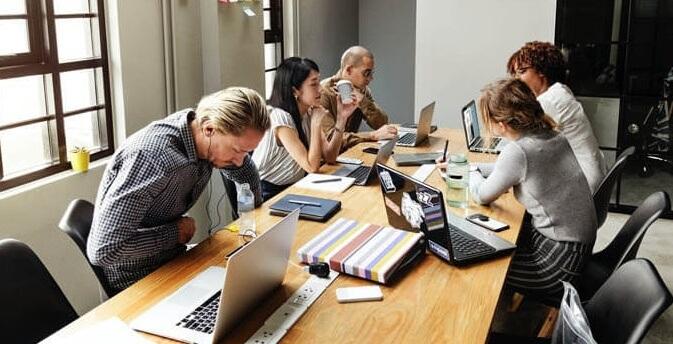 软件开发公司团队合作